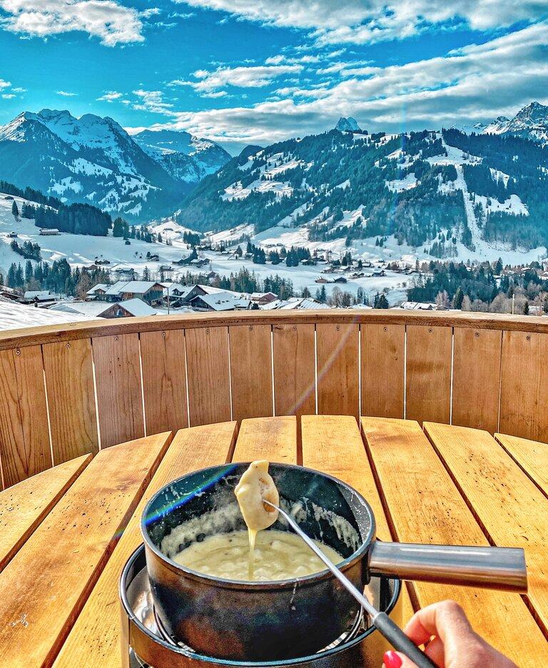 Fondue Gstaad Saanenland Switzerland